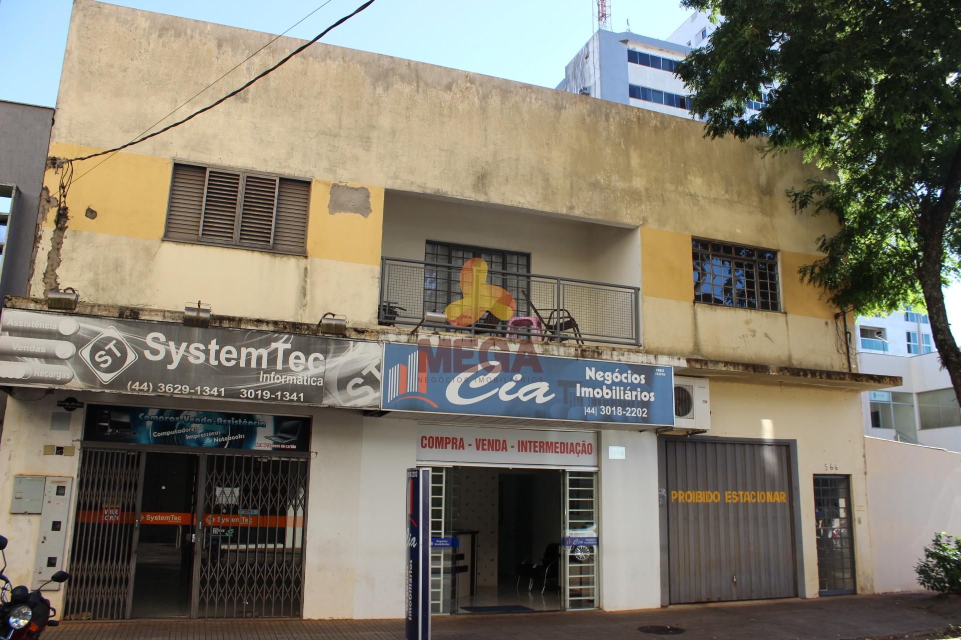 Apartamento e 02 Salas Comerciais – Centro